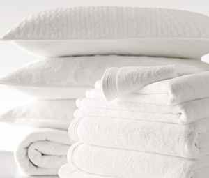 laundry-white-towels-pillows