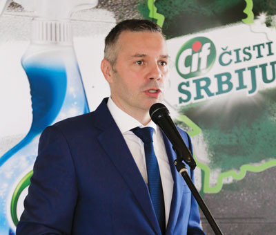 Dobrivoje-Milovanovic,-direktor-Unilever-Beograd