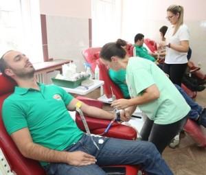 20.08.2019 - Nectar i Heba sokovi i voda za dobrovoljne davaoce krvi
