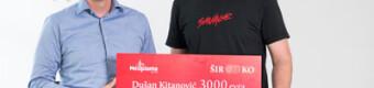 1062021-Direktor-Neoplante-Aco-Toma_evi_-sa-pobednikom-konkursa-Du_anom-Kitanovi_em